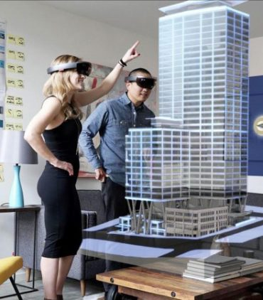 Dyer invests in VR and AR technologies